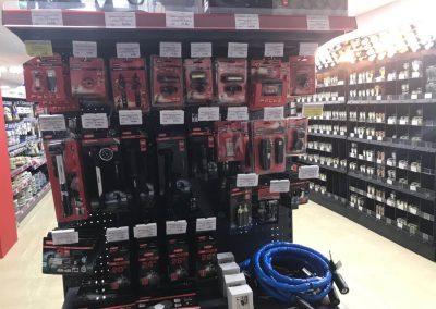 instalacion de estanterias en ferreteria cadena 88 (2)