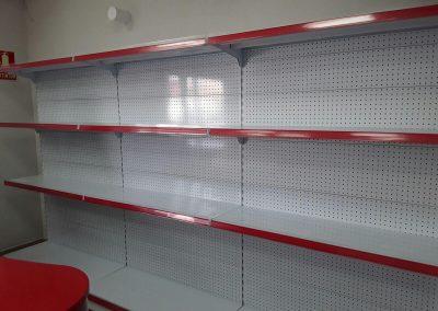 instalacion estanterias en tienda cin las chafiras