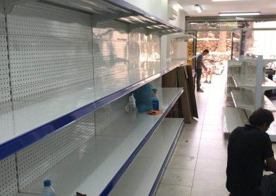 estantes en supermercado en Tenerife Sur (4)